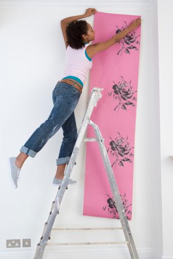 Bien poser son papier peint, fiche pose papier peint, arracher papier peint