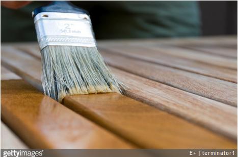 Lasure : comment l'appliquer sur le bois ? Nos conseils.